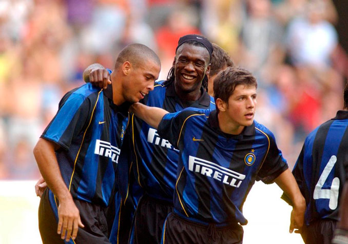 Seedorf coincidió con grandes estrellas en el Inter - Odio Eterno Al Fútbol Moderno