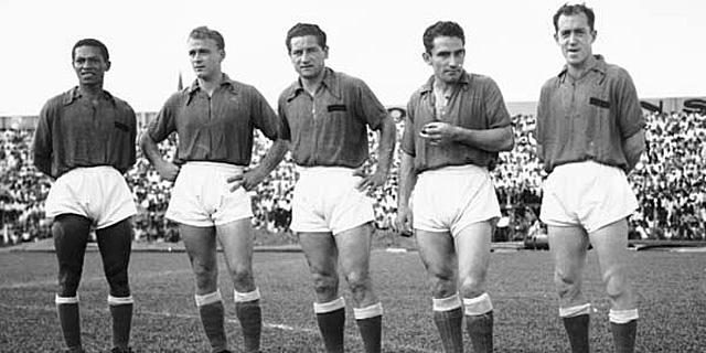 Alfredo Di Stéfano formó parte del conocido como Ballet Azul - Odio Eterno Al Fútbol Moderno