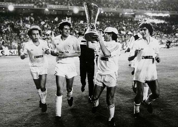 Juanito ganó 2 Copas de la UEFA con el Real Madrid