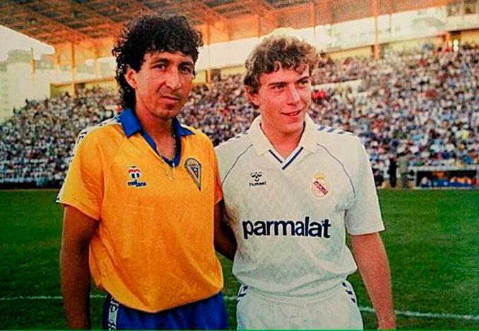 Mágico González junto a Emilio Butragueño - Odio Eterno Al Fútbol Moderno