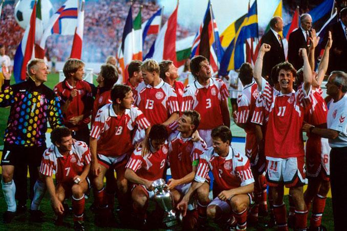 La Dinamita Roja alcanzó la gloria en la Eurocopa 1992 - Odio Eterno Al Fútbol Moderno