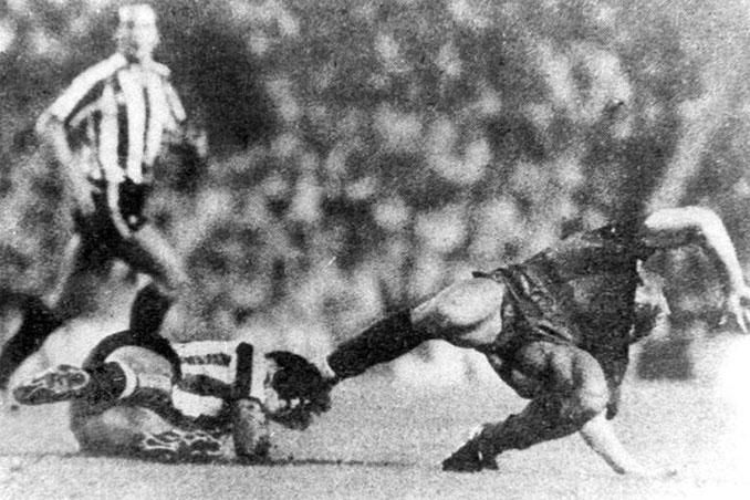 La entrada de Goikoextea a Maradona fue una de las más duras vistas nunca en la Liga - Odio Eterno Al Fútbol Moderno