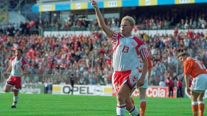 """Henrik Larsen fue el """"pichichi"""" de la Eurocopa 1992 - Odio Eterno Al Fútbol Moderno"""