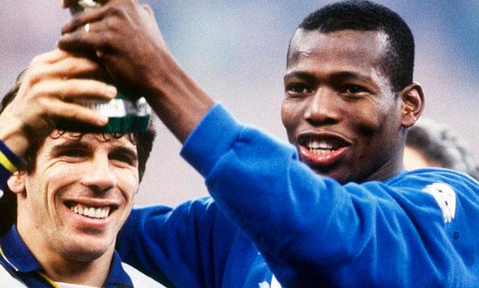 Gianfranco Zola y Faustino Asprilla era dos de las estrellas de aquel Parma - Odio Eterno Al Fútbol Moderno
