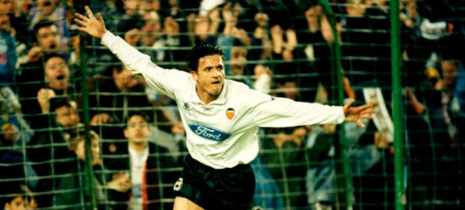 Mijatovic era el ídolo valencianista a comienzos de los 90 - Odio Eterno Al Fútbol Moderno