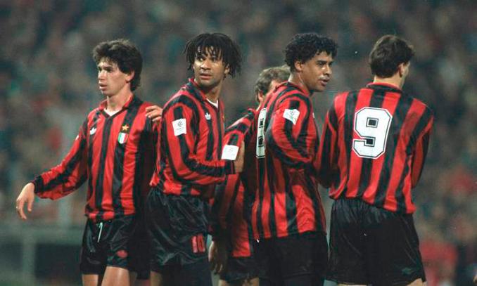 Rijkaard formó parte del legendario Milán de los holandeses