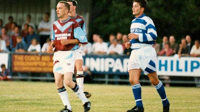 Tittyshev debutó con el West Ham en la pretemporada de 1994