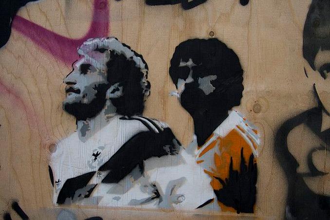Hay hasta graffitis con el escupitajo de Rijkaard a Völler