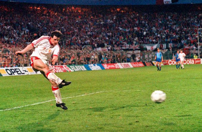 Mark Hughes jugó en Manchester United y Barcelona - Odio Eterno Al Fútbol Moderno