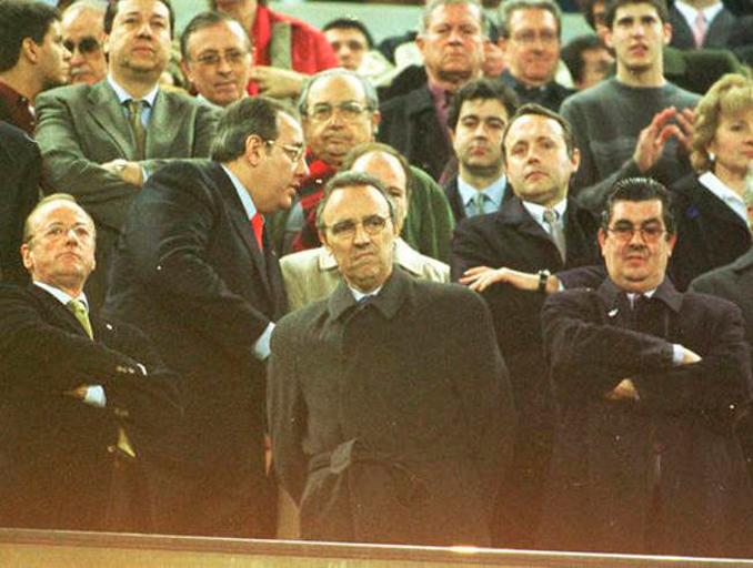 Gaspart sucedió a Nuñez como presidente en una de las épocas más convulsas del club catalán - Odio Eterno Al Fútbol Moderno