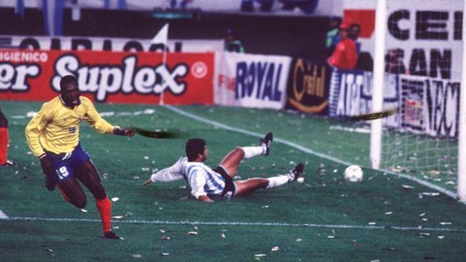 Freddy Rincón marcó dos goles aquella tarde - Odio Eterno Al Fútbol Moderno