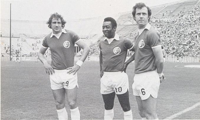 Chinaglia, Pelé y Beckenbauer en el New York Cosmos - Odio Eterno Al Fútbol Moderno