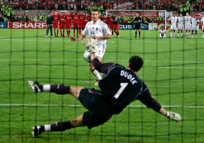 Dudek fue el héroe en la tanda de penaltis - Odio Eterno Al Fútbol Moderno