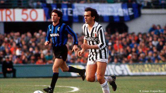 Michel Platini durante su etapa en la Juventus