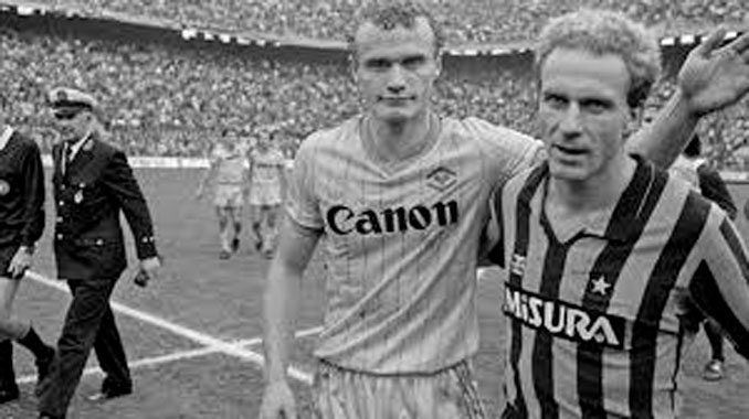Briegel y Rummenigge tras un Hellas Verona vs Inter