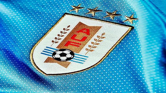 La selección uruguaya luce 4 estrellas en su camiseta ¿Por qué?