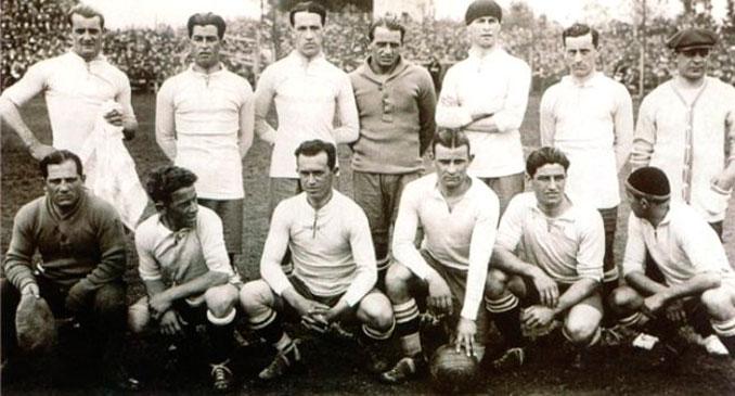 La selección uruguaya que disputó la final del torneo olímpico de 1924