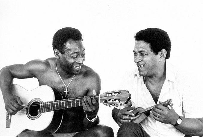 """O Rei"" Pelé junto a su amigo Mané Garrincha en 1981"