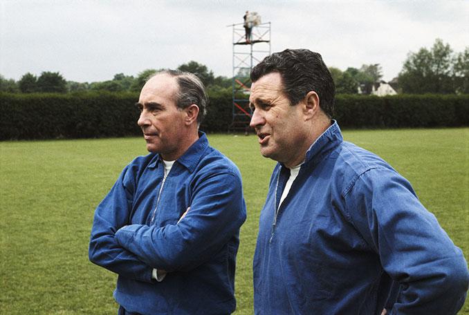 Alf Ramsey seleccionador de Inglaterra junto a su asistenteHarold Shepherdson