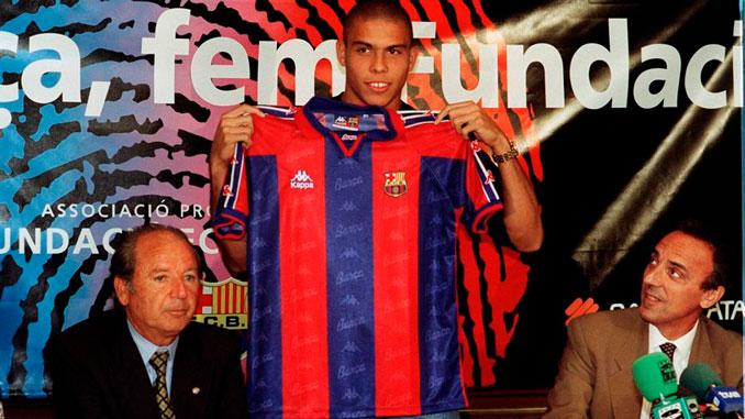Ronaldo Nazario en su presentación como azulgrana - Odio Eterno Al Fútbol Moderno