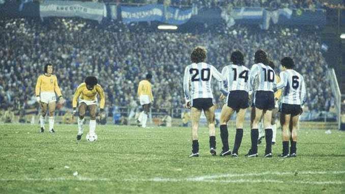 Brasil y Argentina no pasaron del empate a cero en un tedioso encuentro