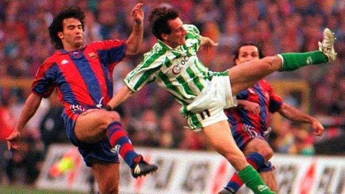 Fernando Couto y Alfonso Pérez en un lance del juego