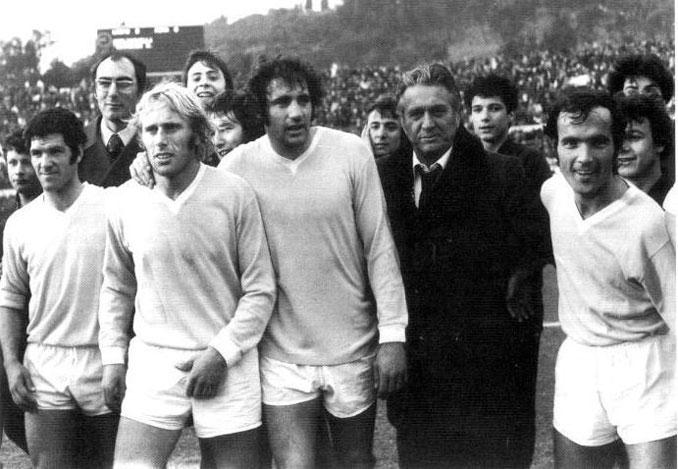 Maestrelli junto a Re Cecconi, Chinaglia, Martini y Wilson, emblemas de la Lazio