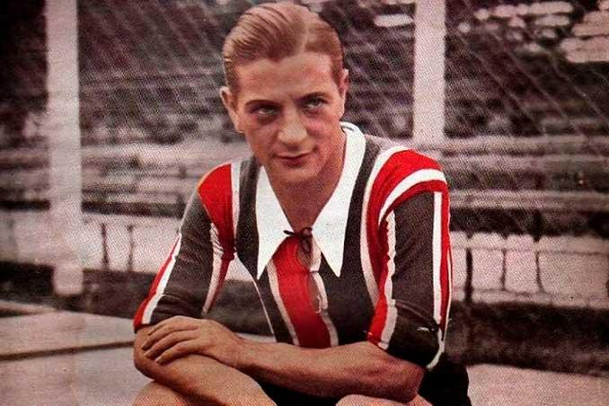 Renato Cesarini, especialista en marcar sobre la bocina