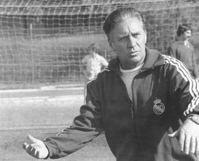 Luis Molowny como entrenador del Real Madrid - Odio Eterno Al Fútbol Moderno