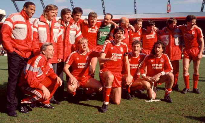 Liverpool FC campeón de Liga en la temporada 87-88