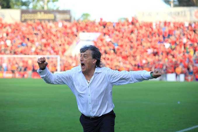 Enrique Martín un entrenador muy apasionado - Odio Eterno Al Fútbol Moderno