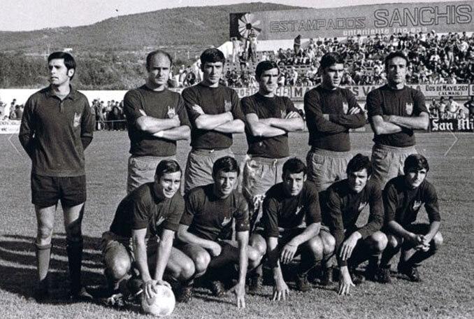El Pontevedra CF dejó huella en su paso por la Primera División - Odio Eterno Al Fútbol Moderno