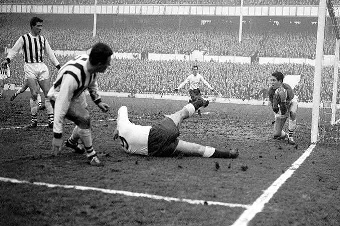 El Fulham le endosó un 10-1 al Ipswich Twon en el Boxing Day de 1963 - Odio Eterno Al Fútbol Moderno