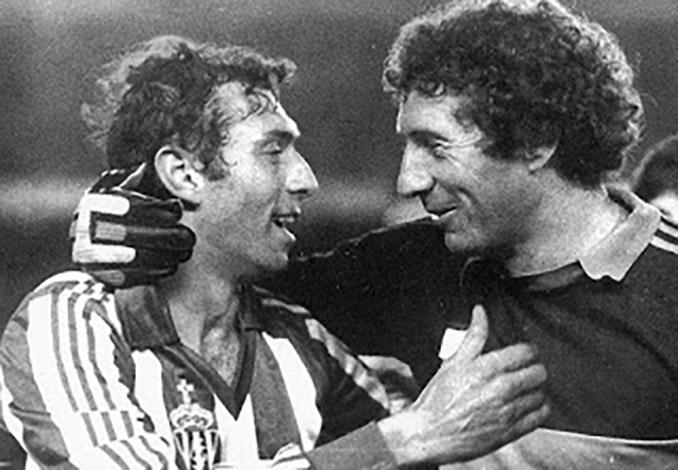 Los hemanos Enrique y Jesús Castro compartieron vestuario en el Sporting