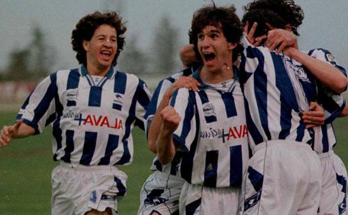 """El Deportivo Alavés se quedó a un paso de """"colarse"""" en la final de Copa de 1998 - Odio Eterno Al Fútbol Moderno"""