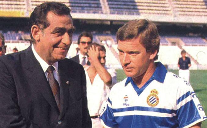 Javier Clemente durante su primera etapa como entrenador del Espanyol - Odio Eterno Al Fútbol Moderno