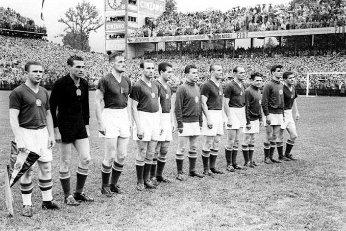 Hungría llegó a la final tras 31 partidos invictos - Odio Eterno Al Fútbol Moderno