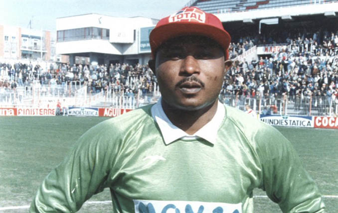 Wilfred Agbonavbare llegó a Vallecas en 1990 - Odio Eterno Al Fútbol Moderno