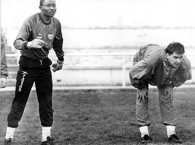 Wilfred no tuvo un mal gesto para nadie - Odio Eterno Al Fútbol Moderno