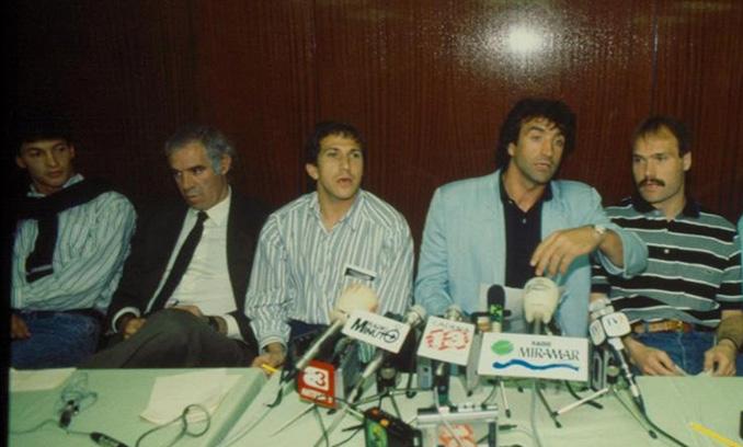 Rueda de prensa de los jugadores en durante el Motín del Hesperia - Odio Eterno Al Fútbol Moderno