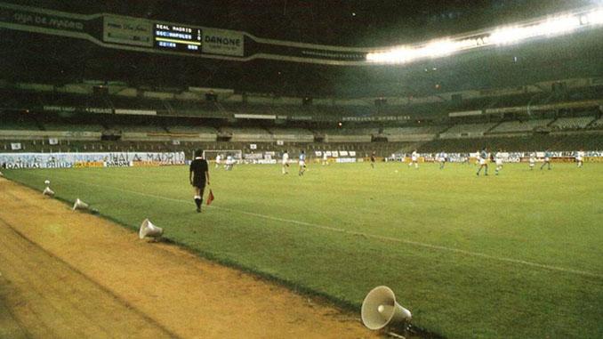 Estadio Santiago Bernabéu vacío durante el partido del silencio - Odio Eterno Al Fútbol Moderno