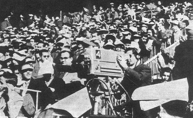 Una de las cámaras que emitió el primer Clásico por televisión en 1959 - Odio Eterno Al Fútbol Moderno