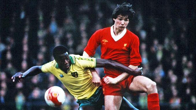 El gol Justin Fashanu al Liverpool fue el mejor de la liga inglesa en 1980 - Odio Eterno Al Fútbol Moderno