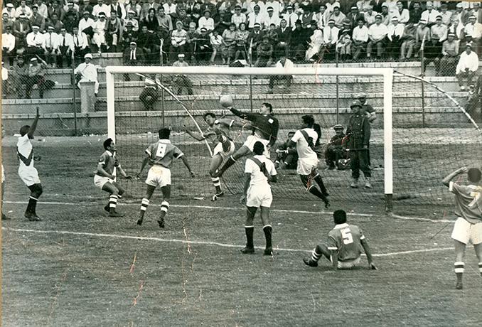 Bolivia vs Perú en la Copa América 1963 - Odio Eterno Al Fútbol Moderno