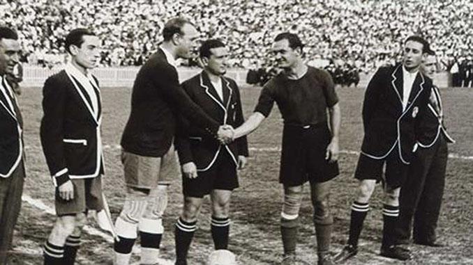 Zamora y Ventolra se saludan en el último partido oficial antes de la Guerra Civil - Odio Eterno Al Fútbol Moderno