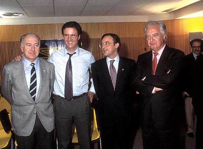 Ramón Mendoza, junto a un jovencísimo Florentino Pérez en el programa de José Ramón de la Morena - Odio Eterno Al Fútbol Moderno