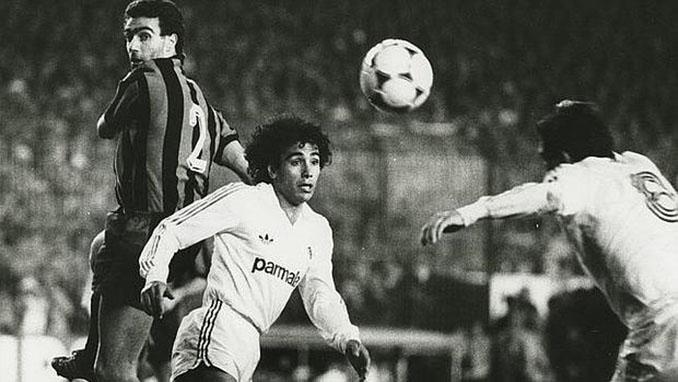 Hugo Sánchez en el duelo Real Madrid vs Inter de 1986 - Odio Eterno Al Fútbol Moderno