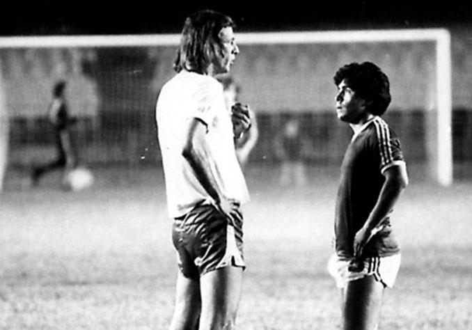 Menotti hablando con Maradona en 1978 - Odio Eterno Al Fútbol Moderno