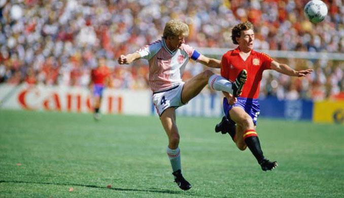 España vs Dinamarca del Mundial 1986 - Odio Eterno Al Fútbol Moderno