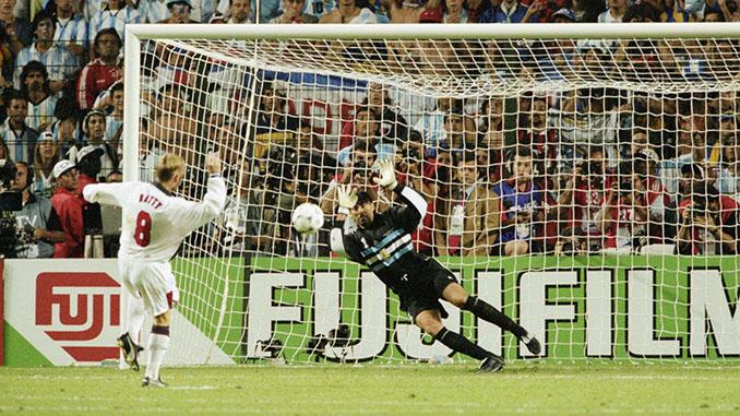 """Carlos Roa """"El Lechuga"""" paró dos penaltis de la tanda ante Inglaterra - Odio Eterno Al Fútbol Moderno"""